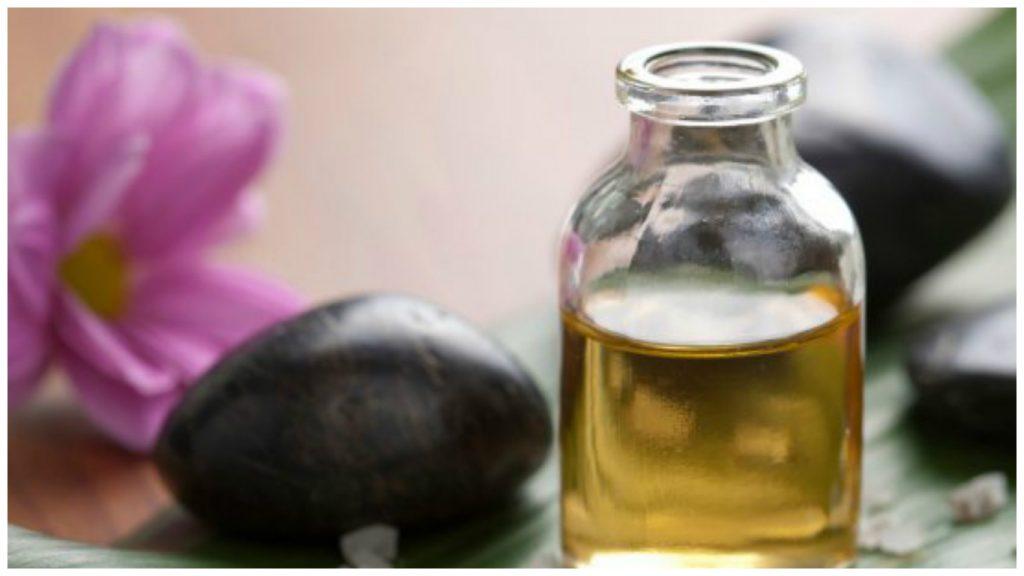 Aceite esencial del árbol de té