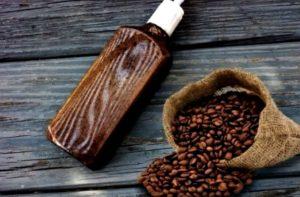 Cómo hacer shampoo de café casero