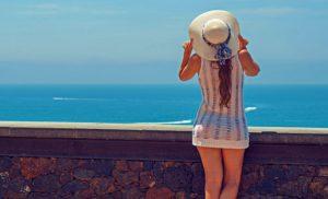 como cuidar el cabello del sol y la playa